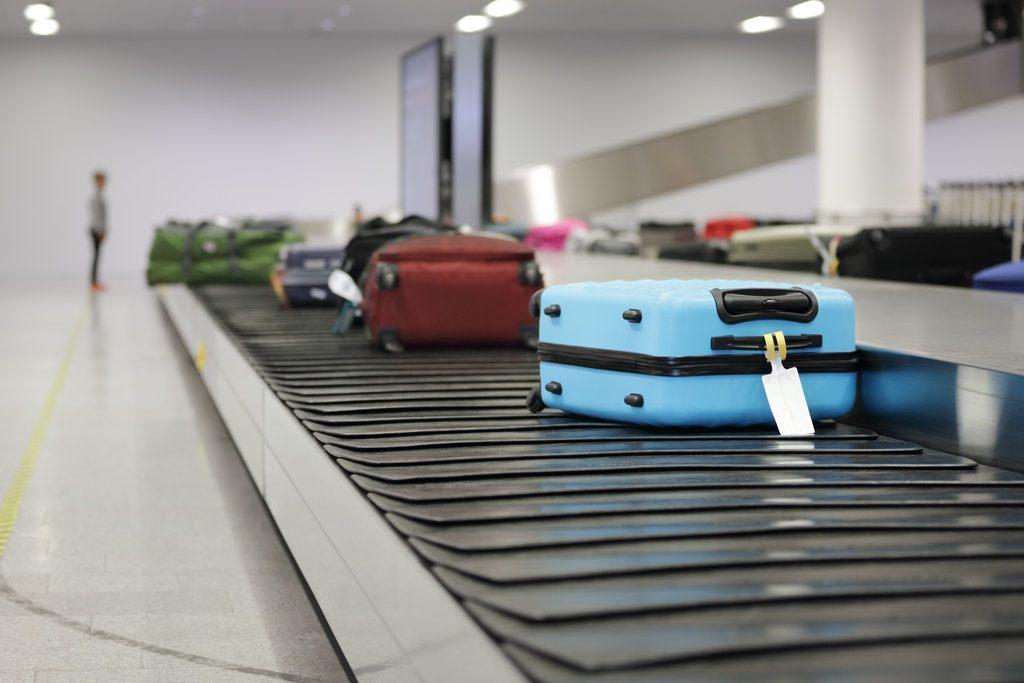 Przenośnik taśmowy na lotnisku